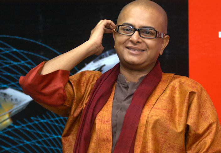 KOLKATA, INDIA - MAY 30: (File photo) Bengali filmmaker Rituparno Ghosh who died of cardiac arrest at his home on May 30, 2013 in Kolkata, India. 49 year old director has won around 12 national and some international awards for his critically and commercially successful films like Unishe April, Dahan, Asukh, Chokher Bali, Raincoat, Bariwali, Antarmahal, Noukadubi, Abohoman, Chitrangada and Amitabh Bachchan starrer The Last Lear. (Photo by Prateek Choudhary/Hindustan Times via Getty Images)