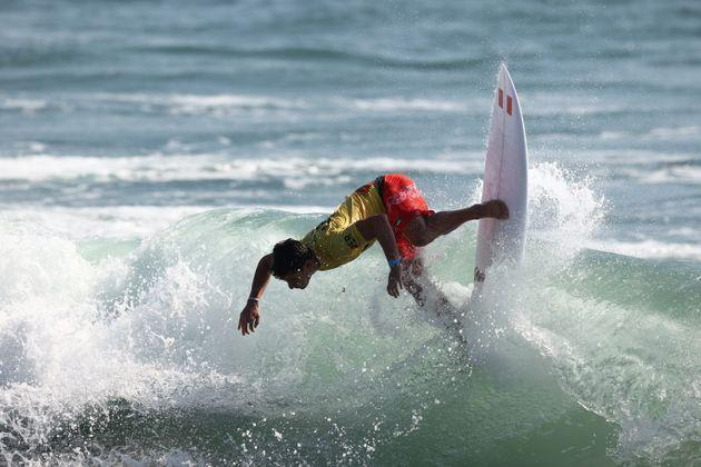 Lucca Mesinas of Team Peru surfs during the Men's Round 1 heat on day two of on July 25, 2021 in Ichinomiya, Chiba, Japan. (Photo: Ryan Pierse via Getty Images)