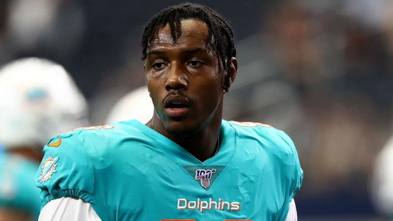 Ex-Michigan DE Taco Charlton waived by Miami Dolphins