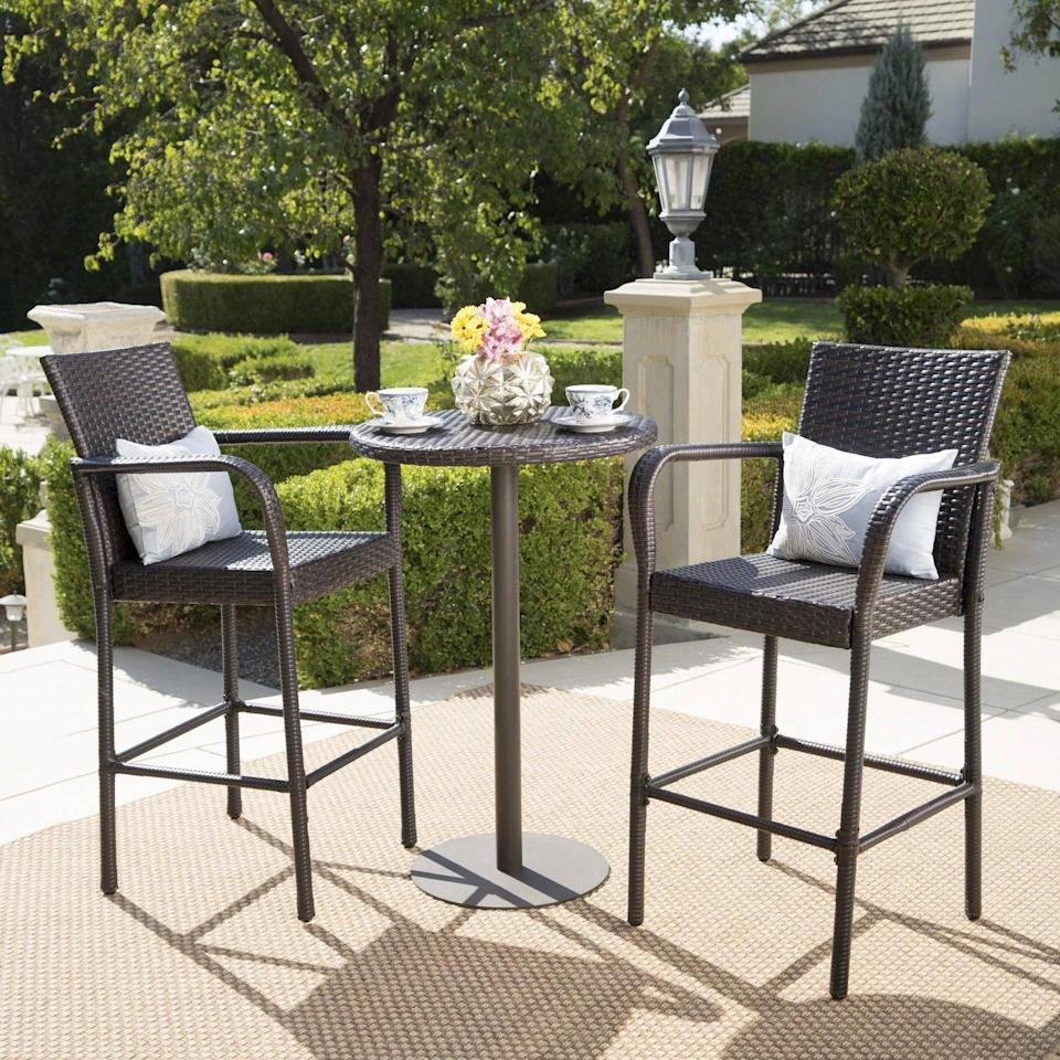 <p>We love the tall height of this <span>Stella Wicker Round Bar Set</span> ($320).</p>