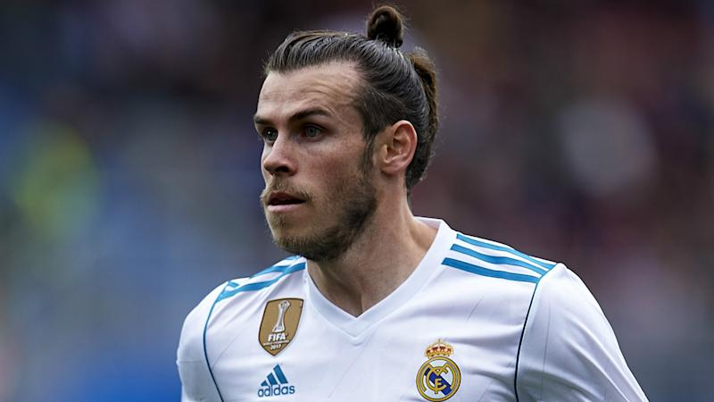 Man Utd move for 'huge talent' Bale backed by Ferdinand