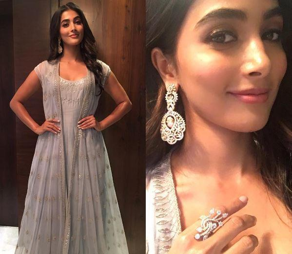 Mohenjo Daro star Pooja Hegde looks hot and sexy as she poses for a fashion magazine