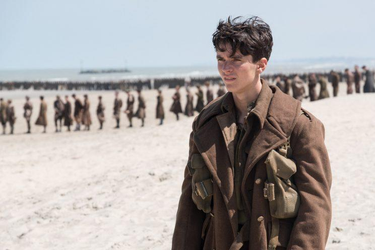 Tommy (Fionn Whitehead) in
