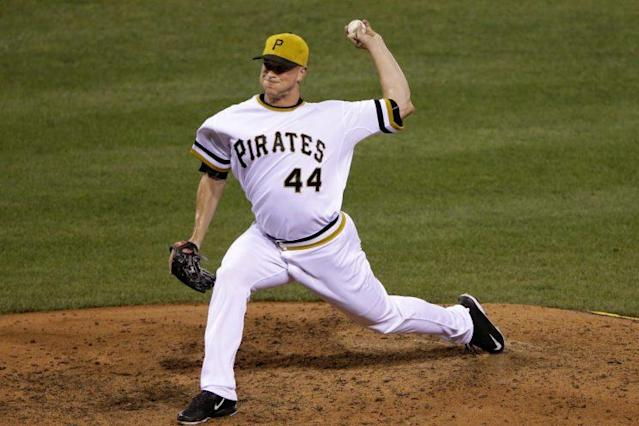 "The Dodgers picked up reliever <a class=""link rapid-noclick-resp"" href=""/mlb/players/8958/"" data-ylk=""slk:Tony Watson"">Tony Watson</a> from the Pirates. (AP Photo)"