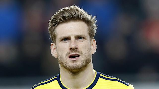 The Scotland international midfielder Stuart Armstrong is heading to the Premier League after signing a four-year deal with the Saints