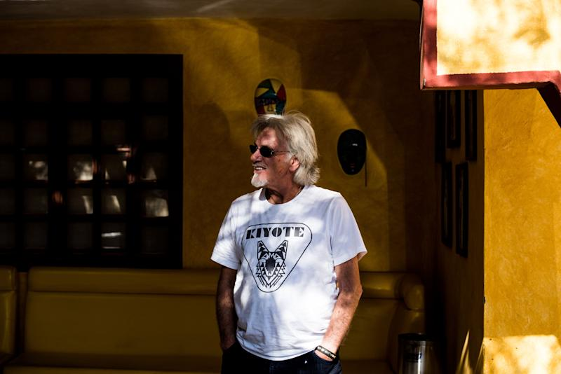 Stefan Rodman, 68, a musician from Morro Bay, California, waits for his Sani Dental Group appointment at the Hacienda Los Algodones in Los Algodones, Baja California, Mexico, on Oct. 24, 2019. (Photo: Ash Ponders for HuffPost)