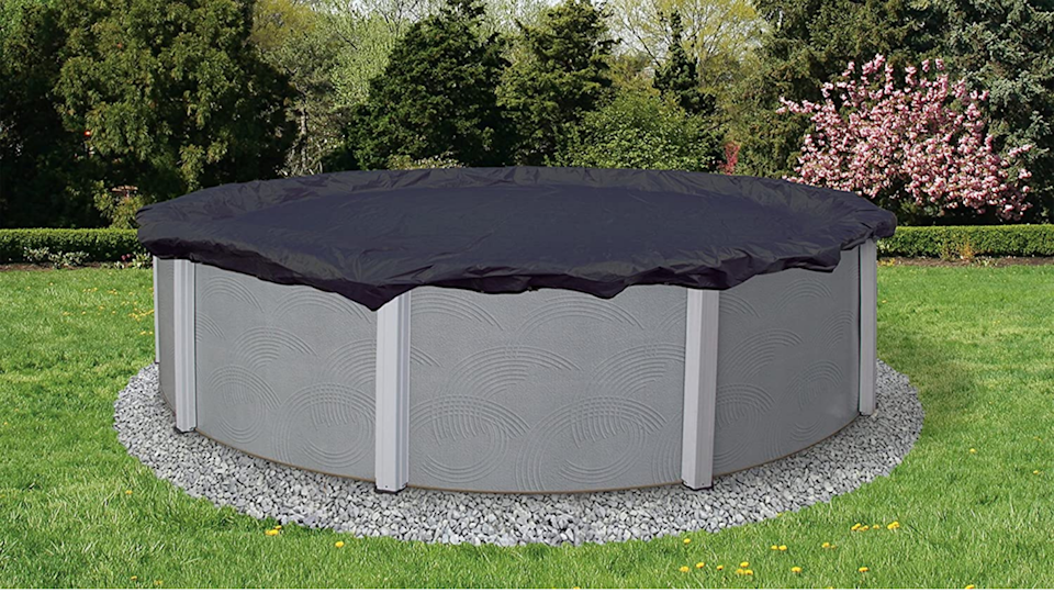 This Blue Wave cover will securely protect your pool through the freezing weather.