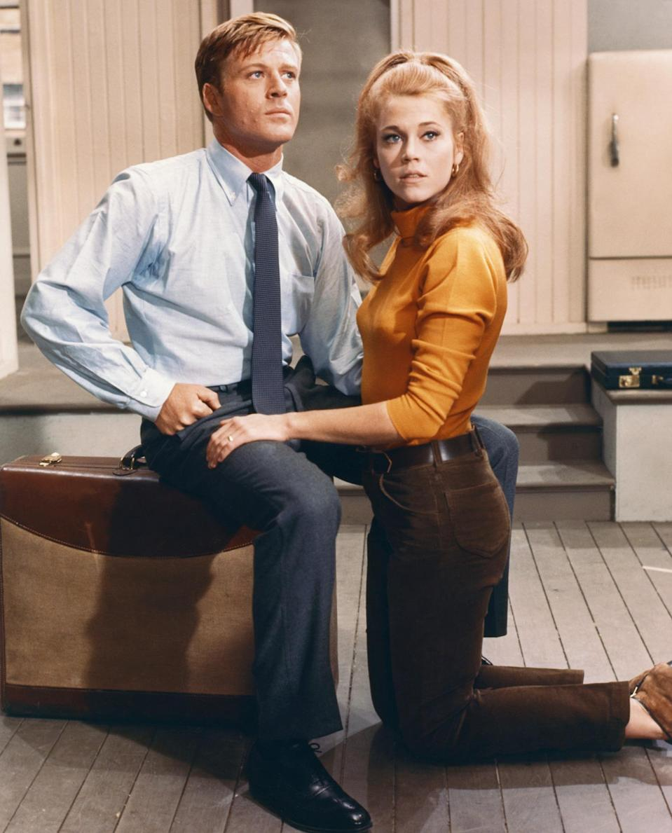 <p>Hollywood icons Robert Redford and Fonda on the set of <em>Barefoot in the Park</em>, directed by Gene Saks, in 1967.</p>