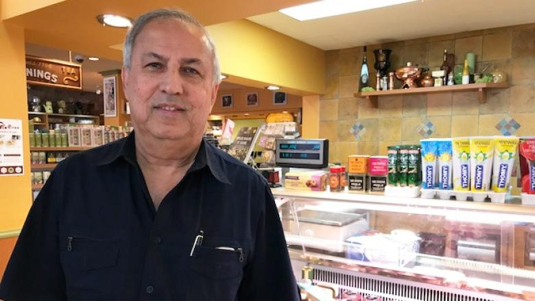 Heard this before? Merchants struggle as Laurier Ave. undergoes overhaul
