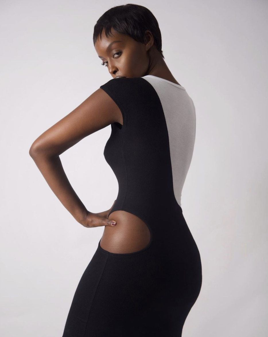 The B Body Race Dress by Projets De Jets Privés.