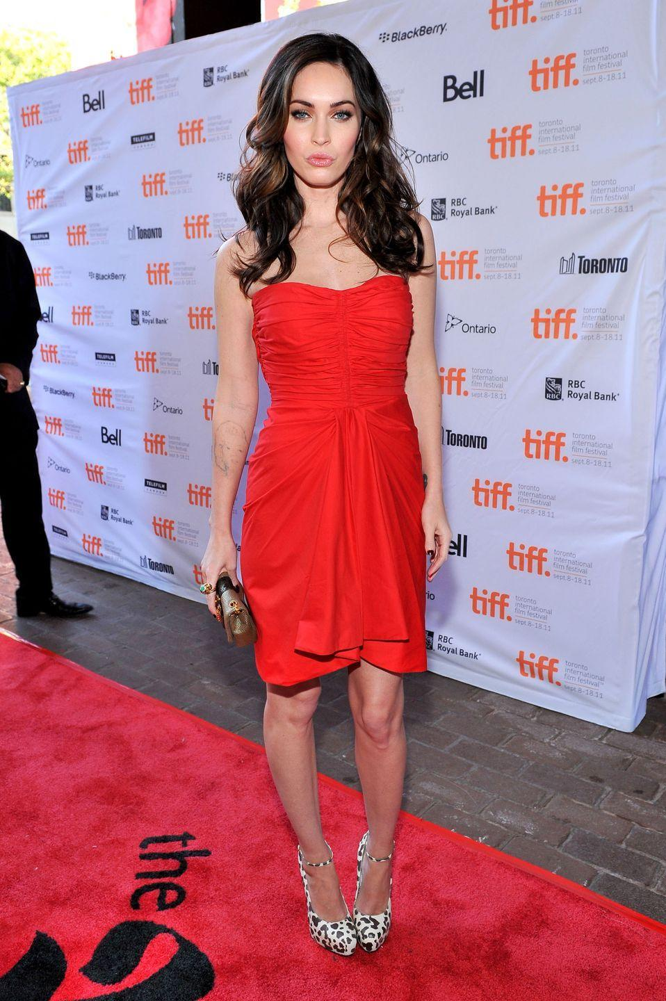 <p>For the Toronto, Canada premiere the star wore a red Thakoon dress, Brian Atwood zenith heels, a David Webb ring and carried a Christian Louboutin clutch bag. </p>