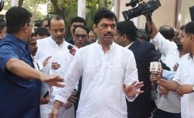 Dhananjay Munde, Chhattapati Sambhajiraje demand withdrawal of cases against people linked with Maratha reservation agitation