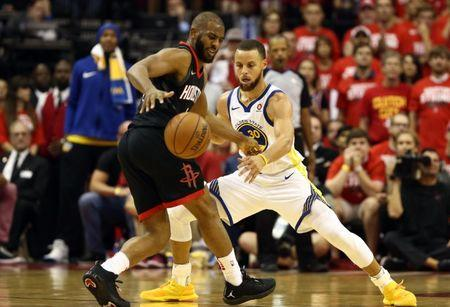 May 24, 2018; Houston, TX, USA; Golden State Warriors guard Stephen Curry (30) defends Houston Rockets guard Chris Paul (3) during the fourth quarter in game five of the Western conference finals of the 2018 NBA Playoffs at Toyota Center. Mandatory Credit: Troy Taormina-USA TODAY Sports
