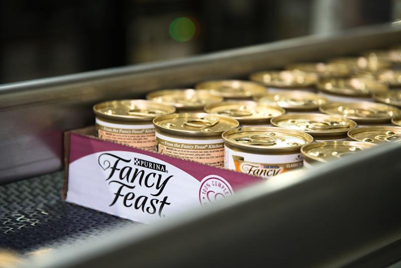 Purina's 21st U.S. factory will manufacture Fancy Feast, which is the top wet cat food brand in the United States.