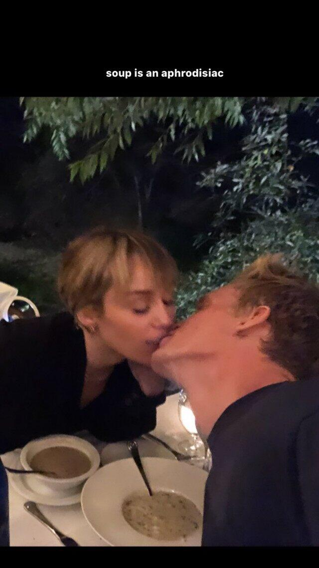 miley and cody kiss over soup