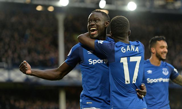 Oumar Niasse celebrates scoring Everton's second goal against Crystal Palace with Idrissa Gueye.