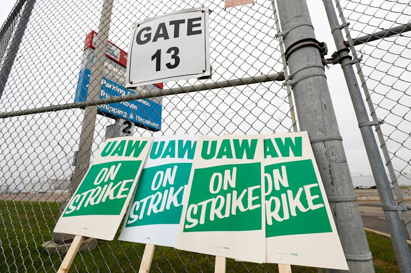 United Auto Workers strike signs are shown at a gate at the General Motors Flint Assembly Plant in Michigan after the UAW declared a national strike after midnight Monday. (Photo: Bill Pugliano via Getty Images)