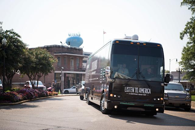 """The HuffPost tour bus rolls into Oxford, Mississippi, on Sept. 15, 2017, as part of """"Listen To America: A HuffPost Road Trip."""" The outlet will visit more than 20 cities on its tour across the country."""