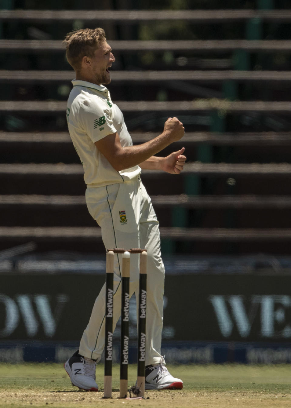 South Africa's bowler Wiaan Mulder celebrates after dismissing Sri Lanka's batsman Kusal Perera for 60 runs during the 2nd Test cricket match between South Africa and Sri Lanka Wanderers stadium in Johannesburg, South Africa, Sunday, Jan. 3, 2021. (AP Photo/Themba Hadebe)