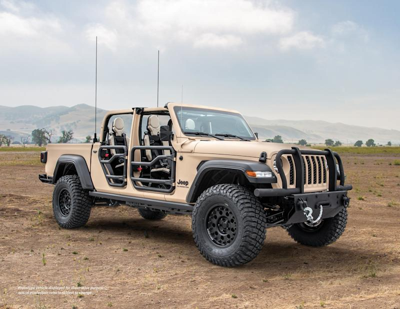 Jeep and AM General built the Gladiator Extreme Military Truck (XMT) for U.S. military evaluation.