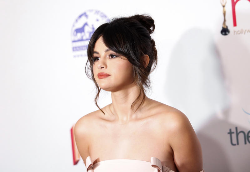 Selena Gomez Shows Off Her Kidney Transplant Scar for the First Time