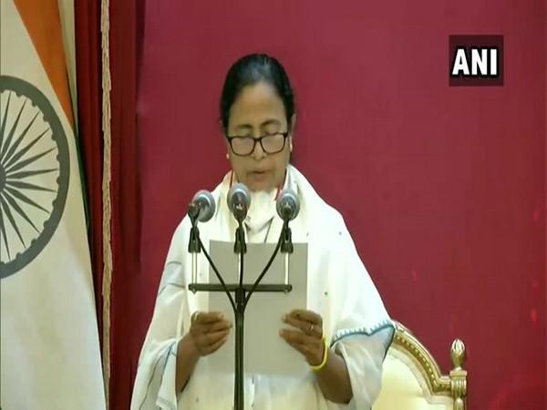 Mamata Banerjee taking oath as WB CM for the third term.