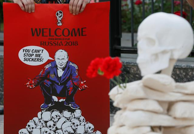 The World Cup is also an occasion for political protest. (Photo: Valentyn Ogirenko/Reuters)