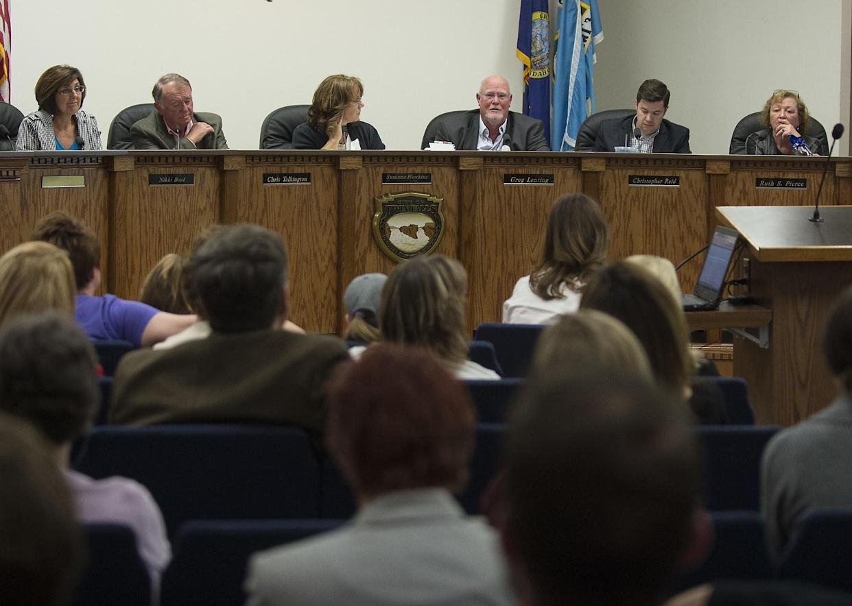 The city council meets in downtown Twin Falls, Idaho, on May 8, 2017. (Photo: Drew Nash/The Times-News via AP)