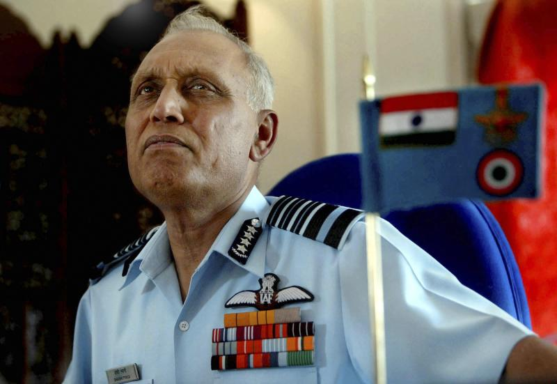 India agency files case against air force ex-chief