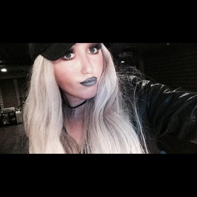 Noah, who went blonde for the party, donned an all-black outfit that included a skimpy crop top, skinny jeans and thigh-high boots. As for her makeup, ...