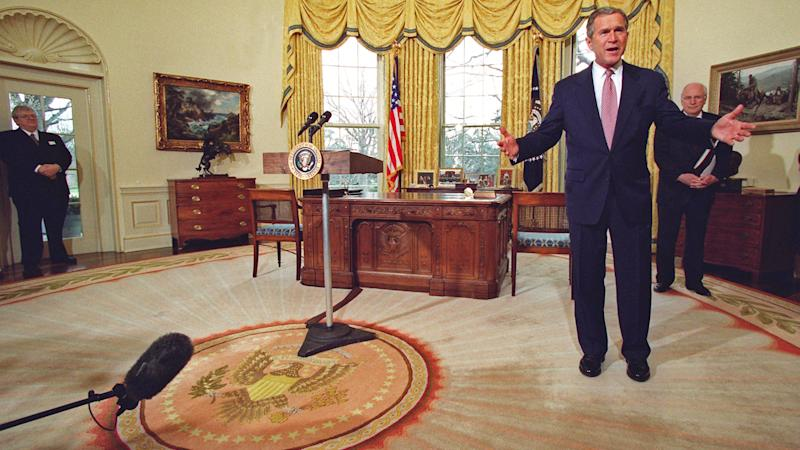 Gold Ds and Potato Chips: 6 White House Changes Courtesy ... White House Curtains Design on designer modern curtain design, white house windows design, white house paint design,