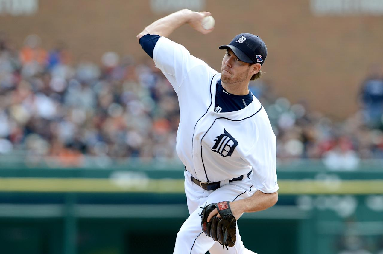 DETROIT, MI - OCTOBER 07:  Doug Fister #58 of the Detroit Tigers throws a pitch against the Oakland Athletics during Game Two of the American League Division Series at Comerica Park on October 7, 2012 in Detroit, Michigan.  (Photo by Jason Miller/Getty Images)