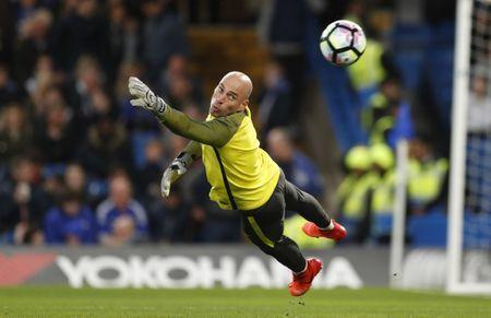 Britain Soccer Football - Chelsea v Manchester City - Premier League - Stamford Bridge - 5/4/17 Manchester City's Willy Caballero warm up before the match. Action Images via Reuters / John Sibley Livepic