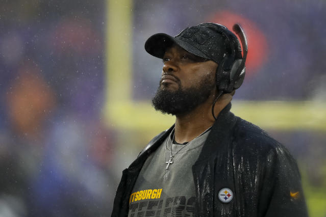 """In the spirit of """"competitive fairness,"""" Steelers coach Mike Tomlin wants the league to reopen all facilities at the same time amid the coronavirus pandemic. (Scott Taetsch/Getty Images)"""