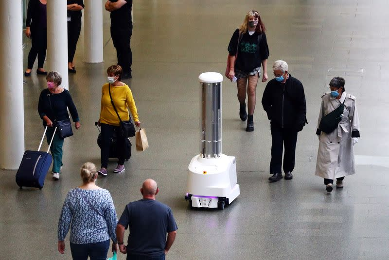 Robots target coronavirus with ultraviolet light at London train station
