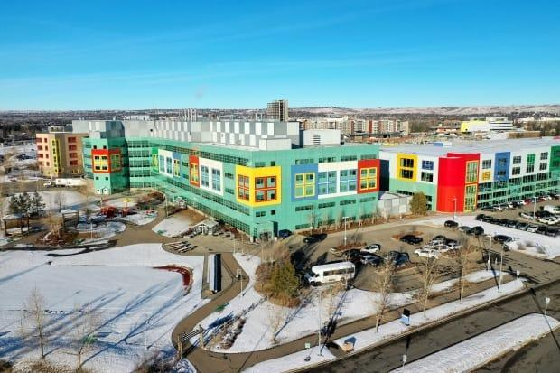 Drone shots from Alberta Children's Hospital in December 2020. Alberta Children's Hospital has reduced surgeries by 75 per cent to contend with the surge of COVID-19 patients in ICU.  (David Bajer/CBC - image credit)