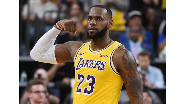 LeBron James vs. Time: Precedent suggests Lakers star could see a decline