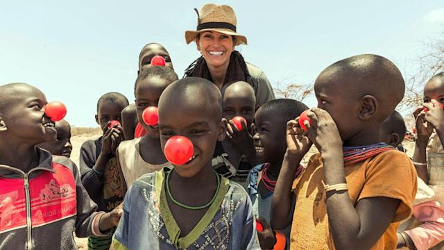 Julia Roberts did her part to end child poverty on Red Nose Day. (Photo: Ben Simms/NBC/NBCU Photo Bank via Getty Images)