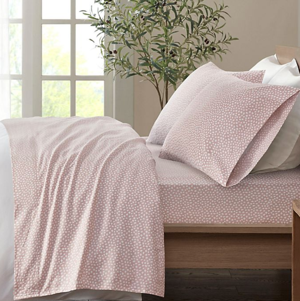 True North by Sleep Philosophy Dotted Cozy Flannel Sheet Set in Blush (Photo via Bed Bath & Beyond)