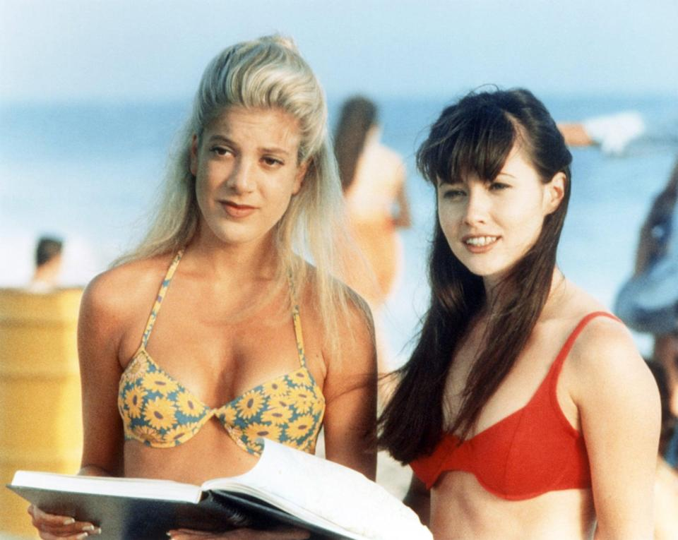 <p>These bikinis will never go out of style.</p>