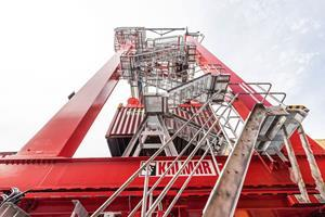 The Kalmar Zero Emission RTG features a 100-percent electric power system that produces no emissions or engine noise at source, and completely eliminates the need for hydraulic oil.