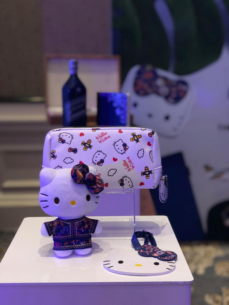 KrisShop Exclusive: SilkAir Hello Kitty (PHOTO: KrisShop.com)