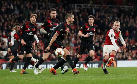 Soccer Football - Europa League Round of 16 Second Leg - Arsenal vs AC Milan - Emirates Stadium, London, Britain - March 15, 2018 Arsenal's Jack Wilshere shoots at goal REUTERS/David Klein