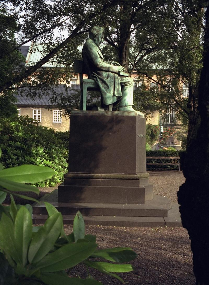 This photo taken June 28, 1999 shows the statue of Danish philosopher Soeren Kierkegaard in the garden of The Royal Library in Copenhagen. Denmark celebrates the Danish philosopher Soeren Kierkegaard's 200th birthday Sunday May 5, 2013. (AP Photo/Polfoto, Lars Hansen) DENMARK OUT