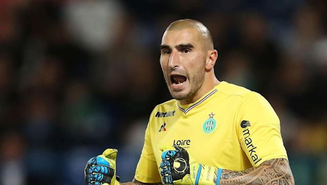 <p>The Saint-Etienne stopper has been regarded as a top class keeper for many years now, and has earned three caps for Les Bleus in the past. </p> <br><p>In fairness, the 31-year-old is behind the likes of Hugo Lloris, Steve Mandanda and Alphonse Areola in the pecking order for Didier Deschamps' number one spot, but the former Monaco man would almost certainly get into most other countries' international squad. </p>