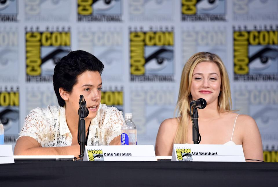 """<h1 class=""""title"""">Comic-Con International 2017 - """"Riverdale"""" Special Video Presentation And Q+A</h1><cite class=""""credit"""">Mike Coppola/Getty Images</cite>"""
