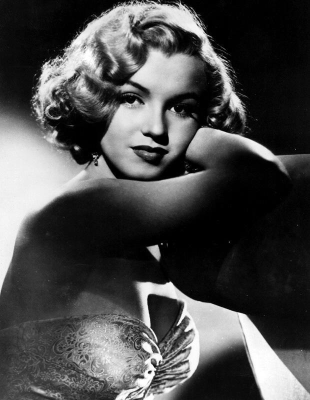 Hollywood's screen goddess Marilyn Monroe is more known for her beauty than her acting skills. Still, her performance as Cherie in Bus Stop (1956) and Roslyn Taber in The Misfits (1961) was noteworthy.