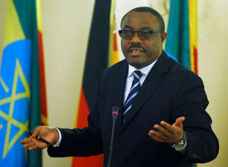 FILE PHOTO: Ethiopian Prime Minister Hailemariam Desalegn gestures during a news conference in Addis Ababa