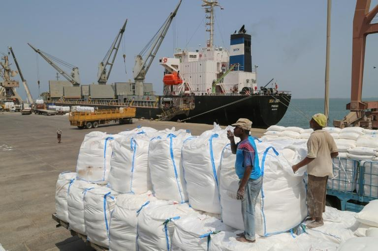 Hopes were high that a de-escalation in Hodeida, whose port serves as the country's lifeline, would allow desperately needed food and medical aid to reach millions in need (AFP Photo/-)