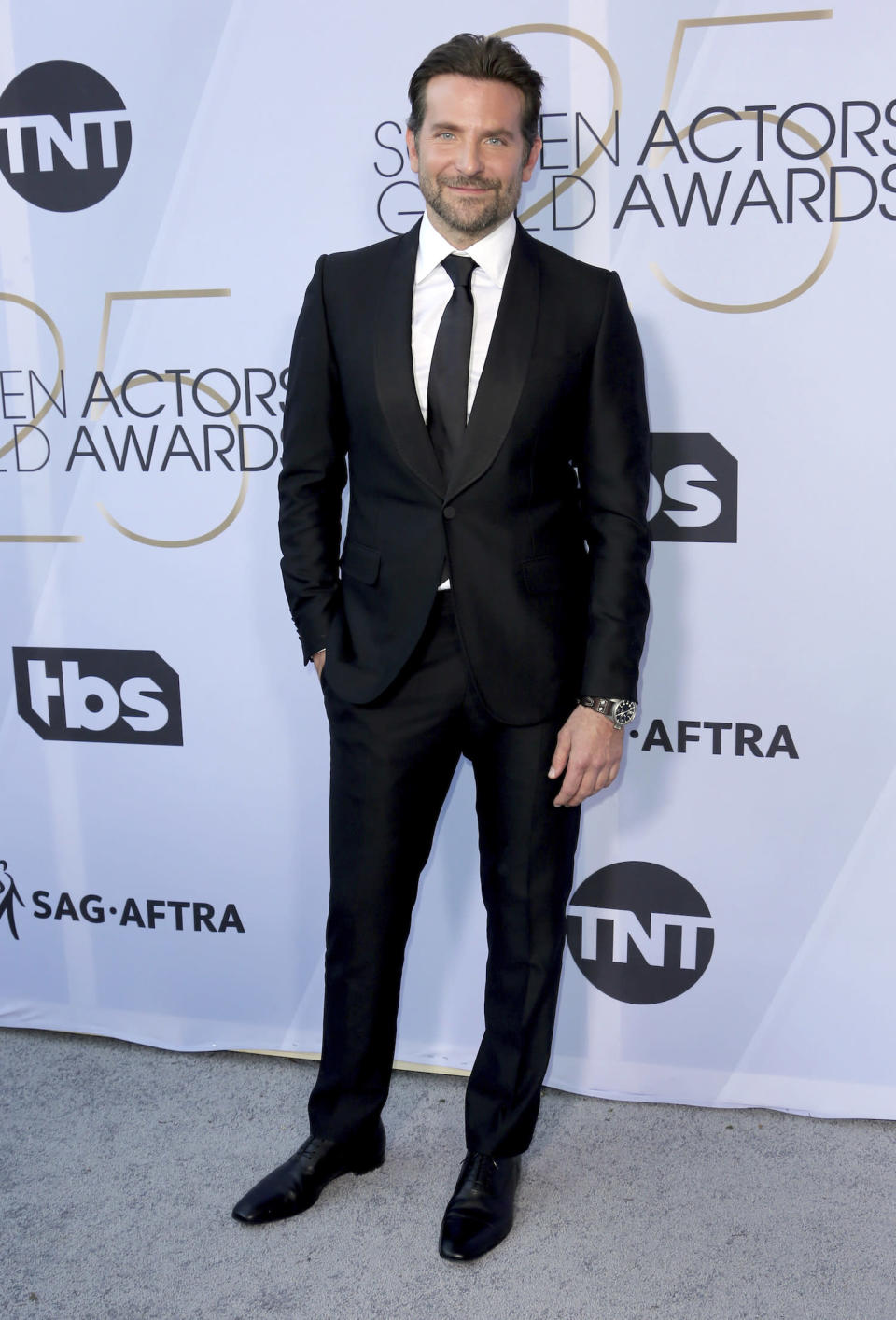 <p>Bradley Cooper was all smiles on the carpet at the 2019 Annual Screen Actors Guild Awards. (Photo: Getty Images) </p>
